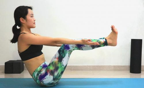 Half boat [Ardha Navasana] - Yoga poses for beginners (see more at https://theyogamad.com)