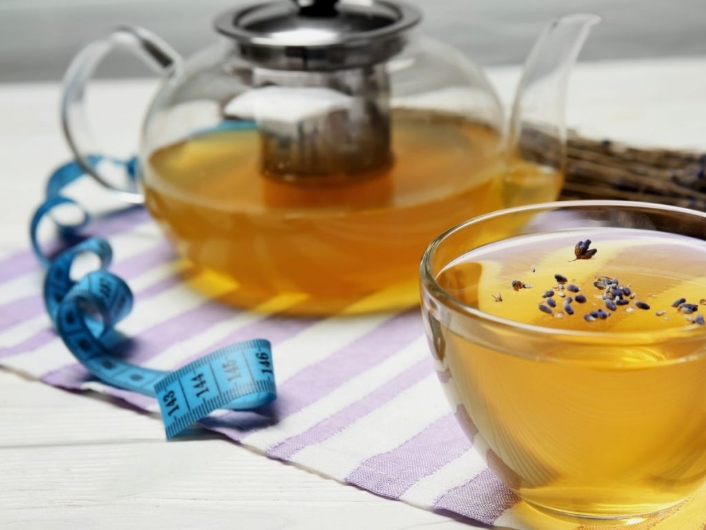 Read more about the article 12 Best Weight Loss Teas and Lifestyle Tips to Shrink Your Waistline