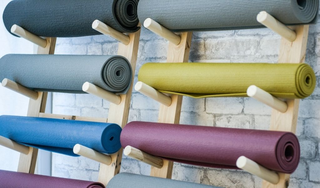 Read more about the article 11 Best Yoga Mats in 2021